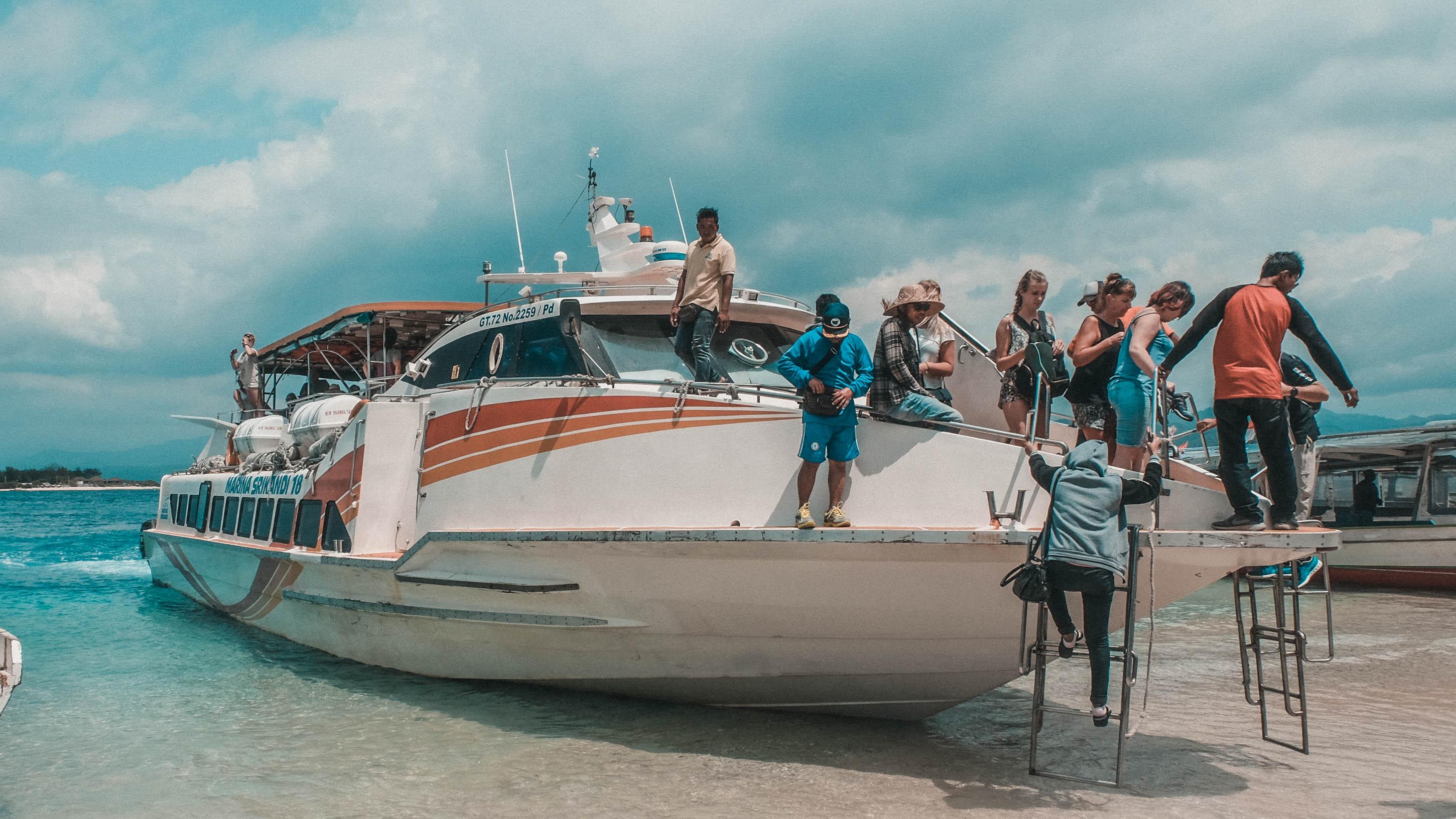 gili boat