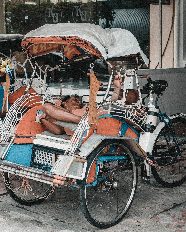 tuktuk driver
